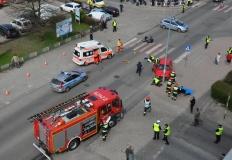 Wypadek w Turku. Pijany potrącił cztery osoby i uderzył w lampę