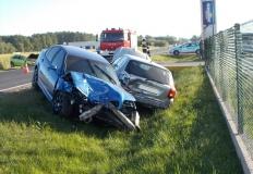 Zderzenie trzech samochodów. Trzy osoby trafiły do szpitala