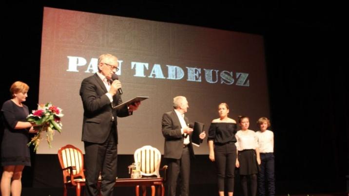 """Konin. """"Pan Tadeusz"""" w salonie poezji. I ja tam z gośćmi byłem..."""