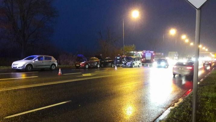 Konin. Wypadek na ul. Poznańskiej. Policjanci poszukują sprawcy