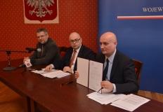 Wojewoda podsumował proces dekomunizacji ulic w Wielkopolsce
