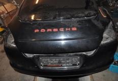 Kotwasice. Porsche warte ok. 200 tys. zł rozebrane na części