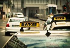 Na co zwrócić uwagę, wybierając ubezpieczenie dla taksówki?