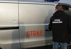 Udawali straż pożarną, aby przemycać papierosy za 200.000 zł