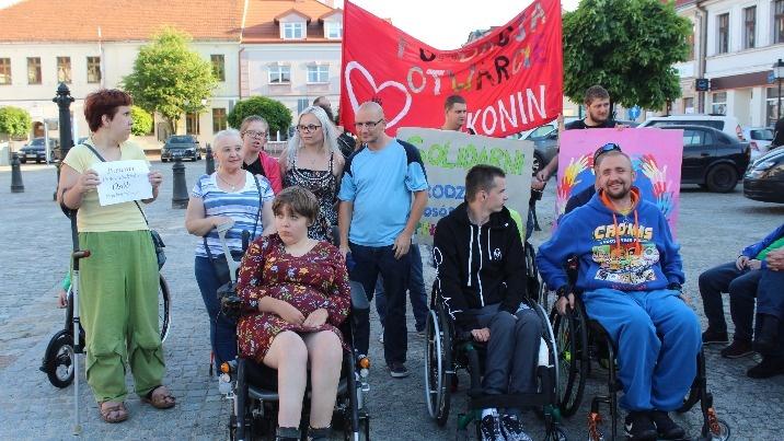 Konin także jest solidarny z rodzicami osób niepełnosprawnych