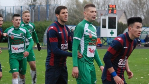 Piłkarska kolejka: Górnik pauzuje, Sokół zagra już w piątek