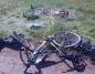 Wypadek w Chruścinie. Motocyklista uderzył w dwóch rowerzystów