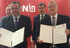 W ratuszu podpisano umowę o partnerstwie z Valašské Meziříčí