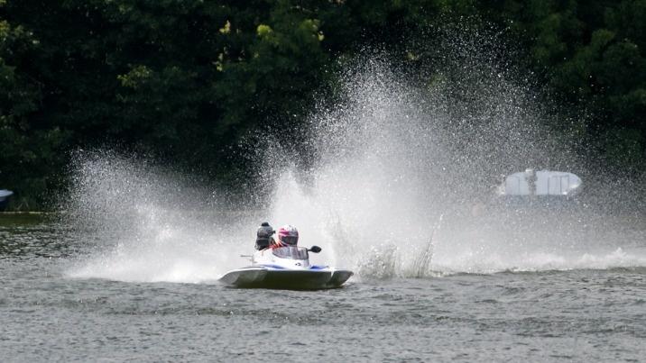 Ślesin. Polak wicemistrzem świata w motorowodnej klasie OSY400