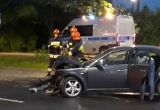 Konin. Zderzenie trzech samochodów. Jedna osoba poszkodowana