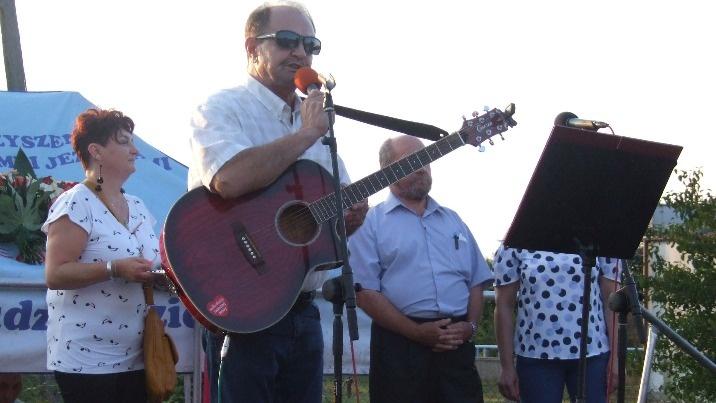 Festyn Rodzinny w Wieruszewie. Wójt śpiewał dla mieszkańców