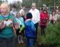 Żdżary. Patronka odwiedziła szkołę. Wspólne sadzenie drzewa i tort