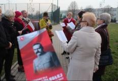 Śpiewająco włączyli się w obchody przy ul. J. Piłsudskiego w Koninie