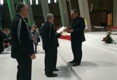 Licheńskie sanktuarium z medalem honorowym od Związku OSP