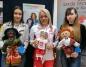 Konin. Uczniowie ZST uszyli lalki UNICEF, by pomóc dzieciom