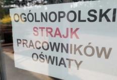 Konin. Kolejny dzień strajku. W przedszkolach mniej protestujących