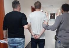 Konińscy policjanci zatrzymali oszusta, który wyłudzał kredyty