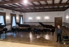 Nowy fortepian w Państwowej Szkole Muzycznej I i II st. w Koninie