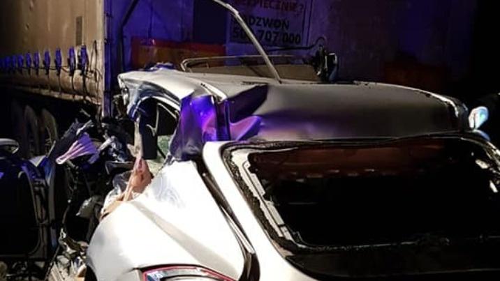Tragiczny wypadek na A2. Kierowca porsche zginął na miejscu