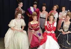 Konin. Uczennice ZST prezentowały fryzury w stylu barokowym