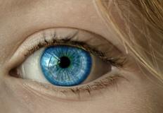 Soczewki kontaktowe - wszystko, co musisz wiedzieć o szkłach kontaktowych!