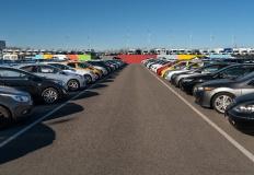 W jaki sposób technologia może pomóc w zakupie używanego pojazdu?