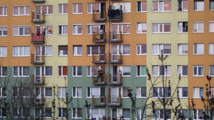 Balkonowy koncert na piątym osiedlu. Mieszkańcy klaskali