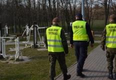 Do patroli policjantów i strażników miejskich dołączyli żołnierze