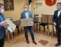 42 laptopy trafią do konińskich szkół. Pierwsze już przekazane