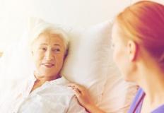 Żywienie dojelitowe - kiedy warto żywić pacjenta przez PEG?
