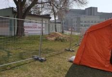 W konińskim szpitalu z powodu Covid-19 zmarła 72-letnia kobieta