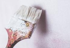 Jak znaleźć odpowiedni produkt w sklepie z farbami?