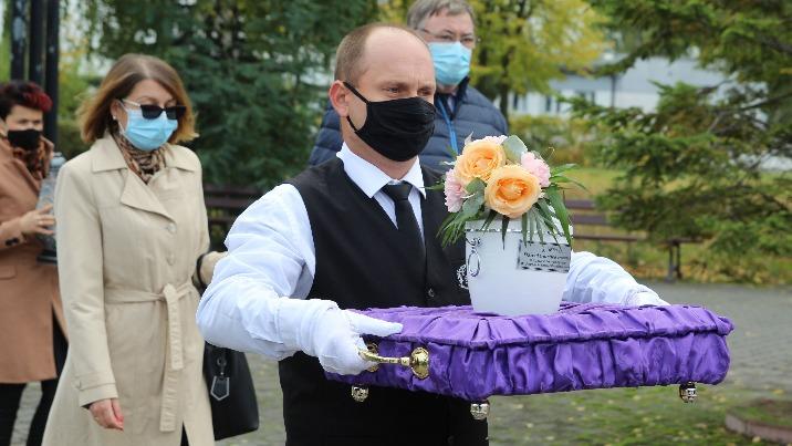 Pochówek dzieci martwo urodzonych na konińskim cmentarzu