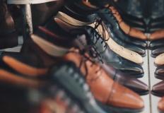 Jak wybrać organizer na buty, by zadbać o styl i porządek?