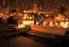 Miasto Konin deklaruje pomoc sprzedawcom zniczy i kwiatów