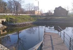 Oczyścili staw w Piętnie i zagospodarowali teren wokół niego