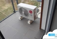 Czy montaż klimatyzacji podnosi wysoki standard mieszkania w bloku w Poznaniu?