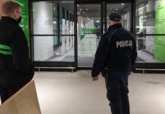 Dzielnicowi kontrolują sklepy i miejsca użyteczności publicznej