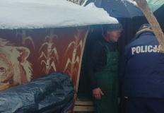 Turek. Policjanci uratowali przysypanego śniegiem bezdomnego