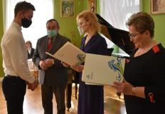 Rekordowa liczba laureatów stypendiów starosty konińskiego