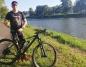 Kamil Jaroszewski jedzie, by pomagać. Na rowerze do Szczecina