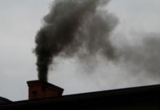 Kramsk. Urzędnicy pomagają mieszkańcom w wypełnianiu wniosków