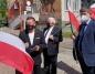 Konin. Solidarna Polska broni szkolnego muralu i biało - czerwonej