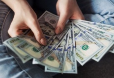 Chwilówki online sposobem na wakacyjne wydatki