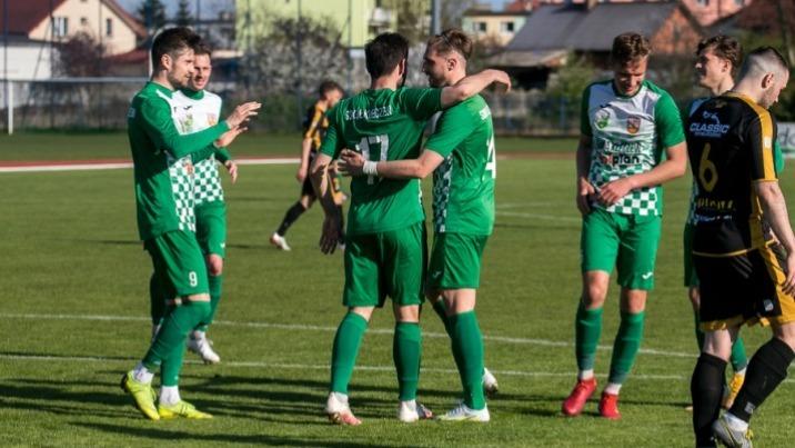 Piłkarska kolejka: Sokół kończy sezon. Miejsca już nie zmieni
