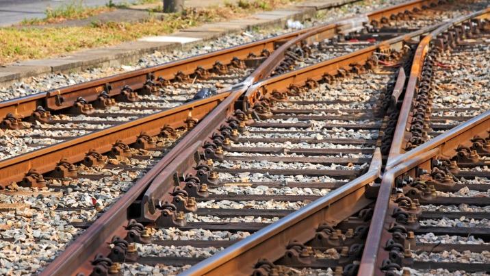 Linia kolejowa Konin - Turek. Jest wykonawca wstępnego studium