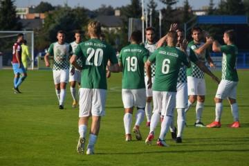 Spadkowicz z II ligi przyjedzie do Kleczewa. Na wyjazdach jeszcze nie przegrał