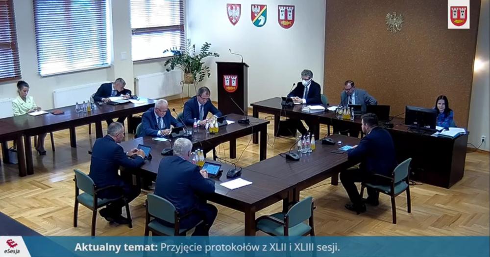 """Powstał nowy klub radnych. Ma działać """"dla dobra gminy i jej mieszkańców"""""""