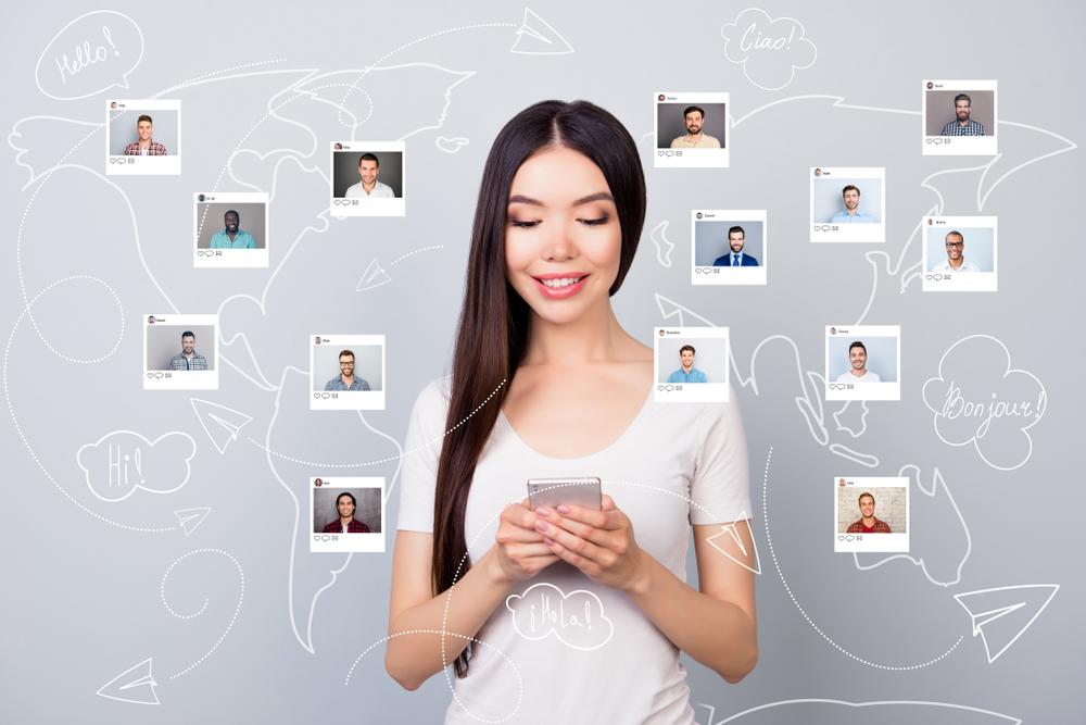 Kryzys w komunikacji u młodych ludzi – dlaczego młodzi ludzie wszystko załatwiają online (nawet szukanie partnera)?