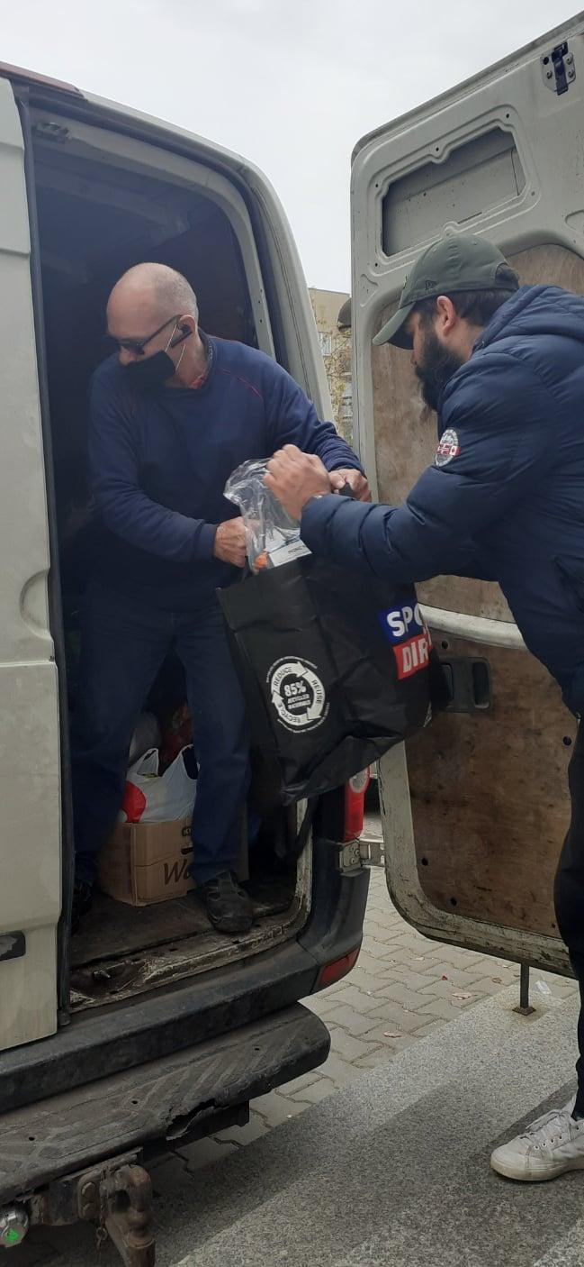 Dary dla uchodźców trafiły do białostockiego PCK